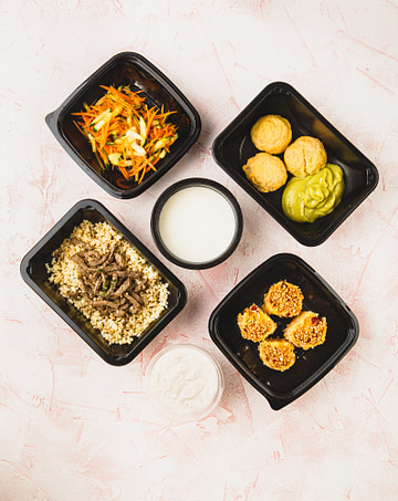 Food delivery in lunch boxes